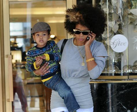 KELIS AND SON TAKE A COOL STROLL IN BEVERLY HILLS