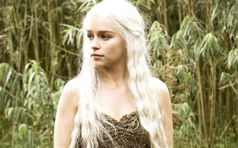 Emilia Clarke in HBO Game Of Thrones Wallpapers   HD
