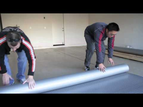 How to Put Down a Roll-Out Floor Covering in a Garage