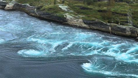 SALTSTRAUMEN, NORWAY • The strongest tidal current in the
