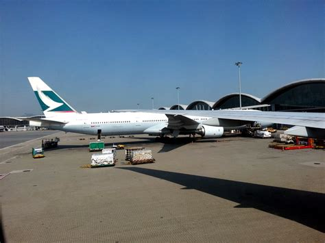 Review of Cathay Pacific flight from Taipei to Hong Kong