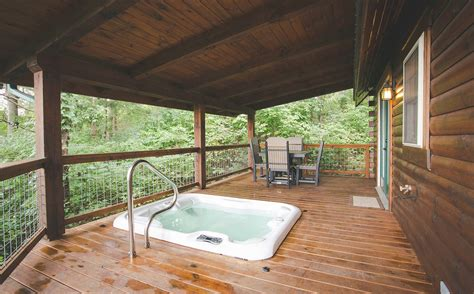 Hotels in Amish Country Ohio | Rustic Cabin Rental in